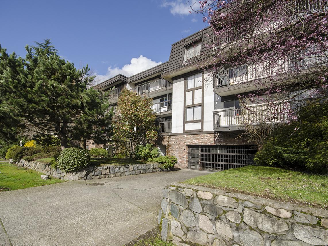112 - 270 W. 3rd Avenue, Lower Lonsdale, North Vancouver